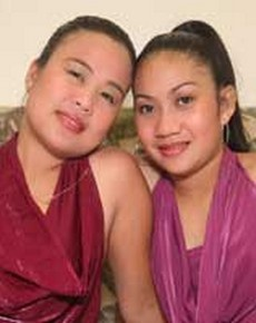 Chubby Pinay Threesome