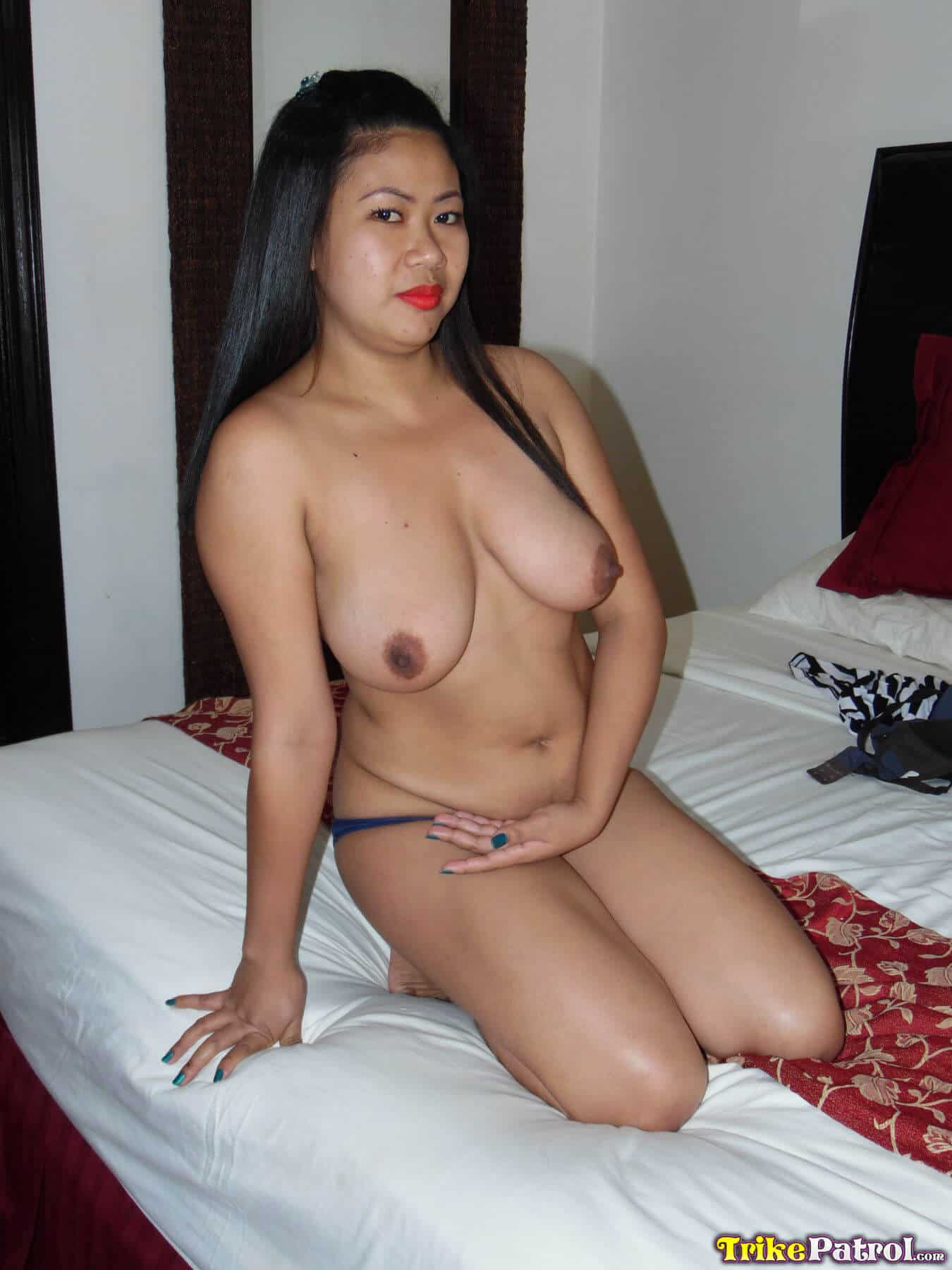 19 year old filipina girl getting naked and her boobs sucked 4