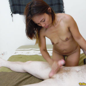 Perfect Asian MILF handjob