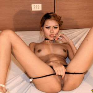 Hot filipina girl touching herself