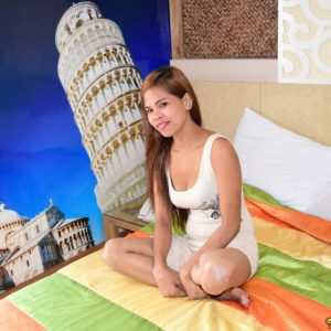 Asian Cream Pie girl Diane in hotel