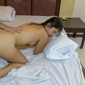 Pinay doggystyle sex with white guy