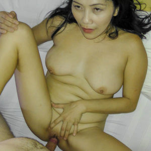 Mature Saggy Boobs Filipino slut fucking