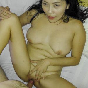 Mature Saggy Boobs Filipino slut fucking